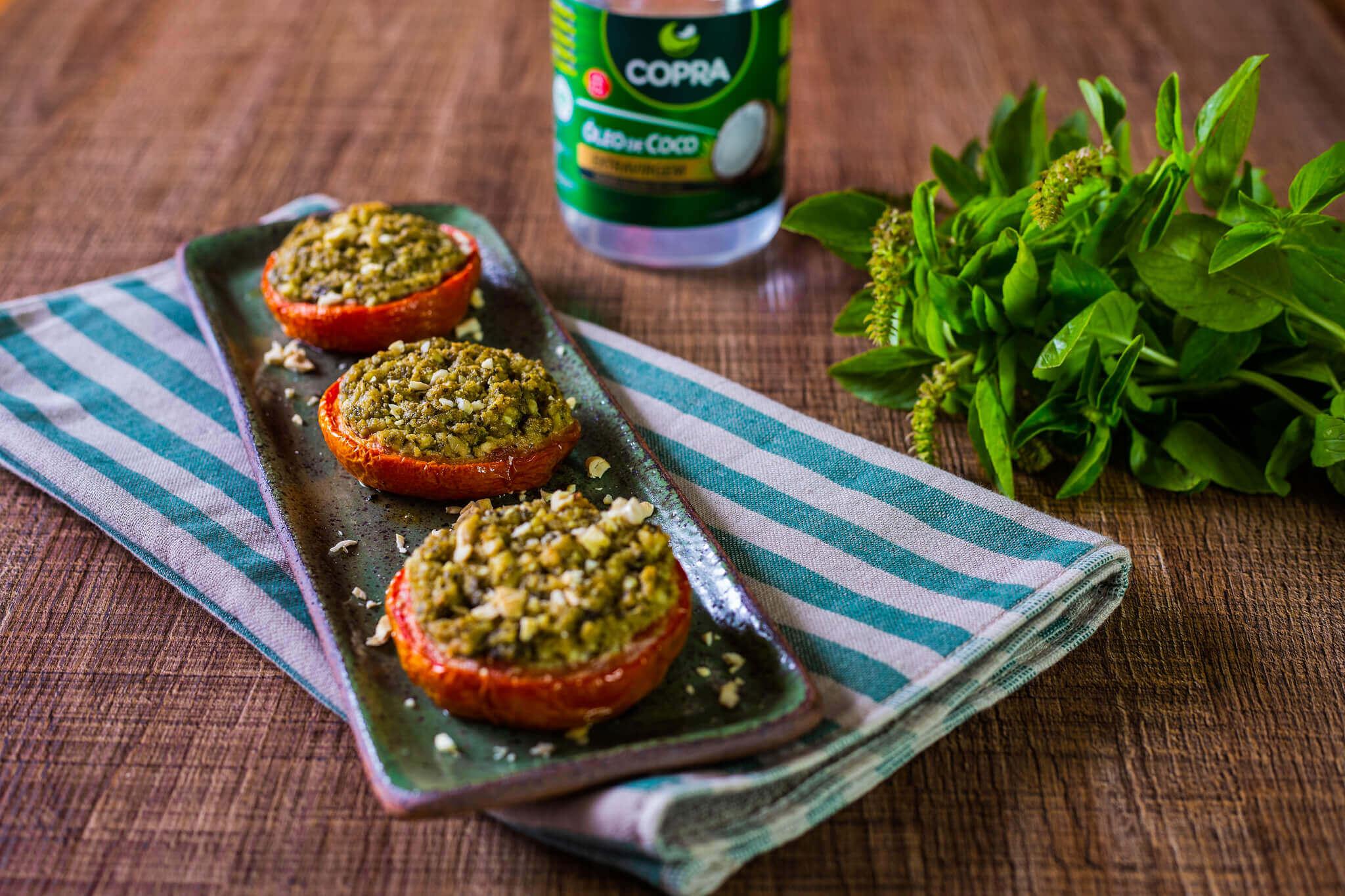 Tomate Recheado com Pesto